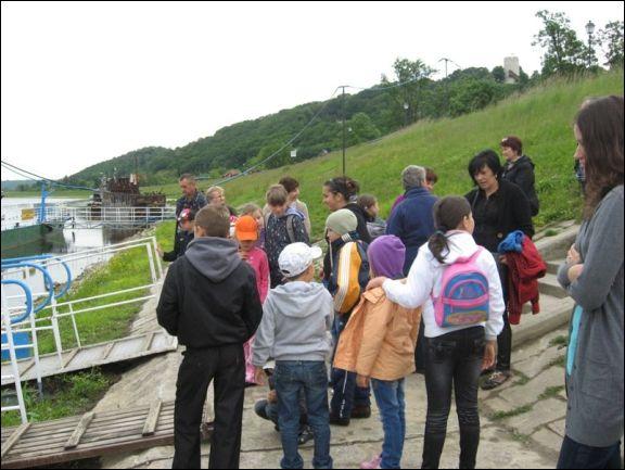 http://www.lukow.ug.gov.pl/userfiles/image/szkoly/Zarzecz/2012/zarzecz17_12_1sm.jpg